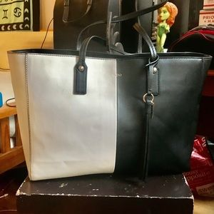 Really Cool Large Aldo B&W Leather Tote Bag!